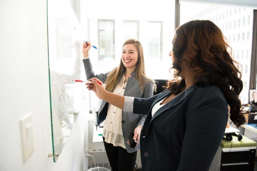 Sådan designer du adfærdsforandringer. Bliv klog på arbejdsprocessen på et kursus i nudging og adfærdsdesign.
